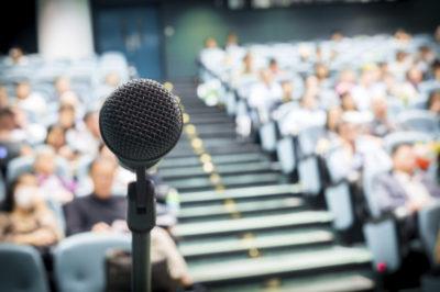 Public speaking: 3 consigli per affascinare il pubblico!
