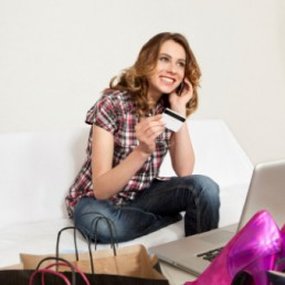 L'intervista ad Andrea Serraiotto, Ecommerce Fashion Senior Consultant, mostra come trarre vantaggio dalle vendite online, oramai sempre più gettonate.