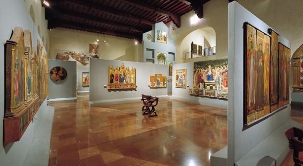 Usando i social in funzione d'ascolto i musei italiani potrebbero scoprire desideri dei visitatori, deficit del polo e possibili aree d'intervento.
