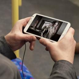 se la tv è mobile e si guarda sul bus