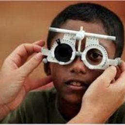L'esistenza dei problemi di vista è diventata ormai un'emergenza sociale nei paesi in via di sviluppo; uno spot ne diffonde l'allarme.