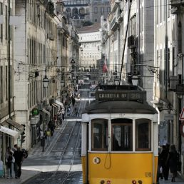 Lisbona Tram [13704]