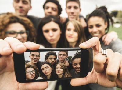 Abitudini di acquisto: quanto i video influenzano i Millennials?