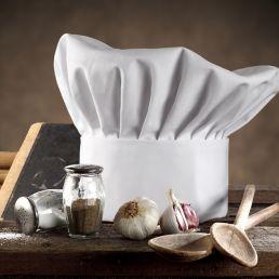 Blogmeter individua gli chef che operano sul mercato italiano più presenti sui social. Non è solo popolarità, ma influencer marketing.