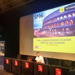 Non solo chat che spariscono dopo 24 ore. Snapchat offre grandi possibilità per il business. Una lezione di Stefano Mongardi alla #SMWRME.