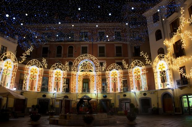 Luci d'Artista a Salerno: tra turismo e marketing, uno storytelling innovativo
