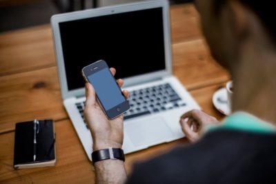 Buone notizie per i freelance: la soglia dei contributi scende al 25%