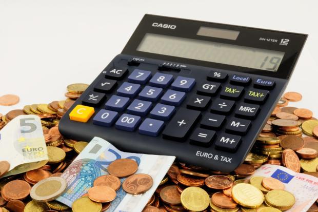 Fatturazione ogni 28 giorni tra telecomunicazioni e pay tv: la situazione attuale