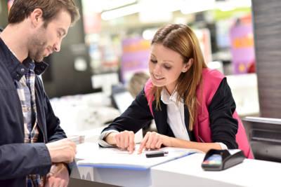 Elementi del retail charisma: la creazione del contesto relazionale prima della vendita