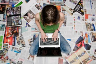 C'è una via per risollevare la fiducia nel giornalismo dei lettori e uno studio prova a tracciarla