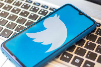 Non solo pandemia ma anche politica, spettacolo e addii a personaggi famosi: di cosa si è parlato nel 2020 su Twitter