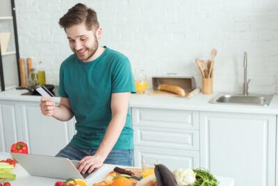 Molti più italiani hanno fatto acquisti food online nel 2020: l'eGrocery nell'anno della pandemia