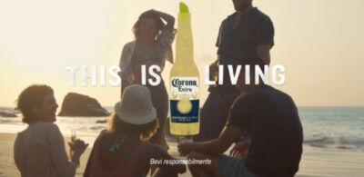 """""""Dove inizia il paradiso"""" è la nuova campagna Corona che punta alla ricerca dei momenti di relax"""