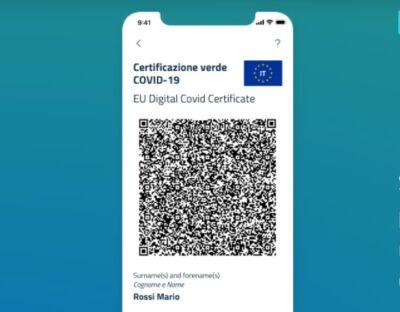 Quali sono i rischi per chi condivide il QR code del Green Pass sui social media?